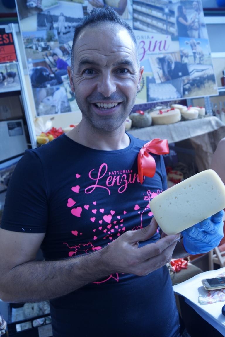 Fresh cheeses from Azienda Agricola Lenzini, Lazio